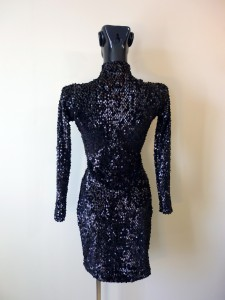 RTWC32 - stretch velvet oval sequin, 450$