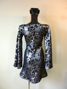 RTWC34 - baroque sequin with flared sleeves, 325$